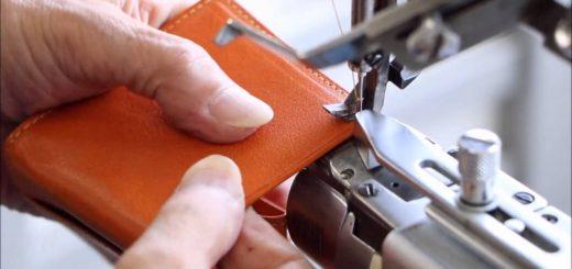 ボックスコインケースの最終仕上げ工程を動画で
